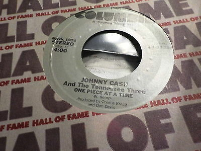 "7"" - *Country*  JOHNNY CASH - The Lady Came From Baltimore *near mint"