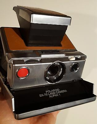 Polaroid SX-70 alpha 1 camera vintage TESTED & WORKING + Leather strap