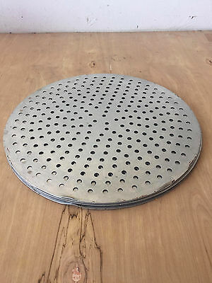 Aluminum Perforated 18-inch Pizza Pan Lot (8 pieces)
