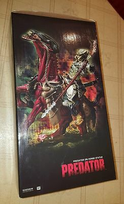 Sideshow Collectibles - Predator on Horse Statue - VERY RARE - MInt in Box