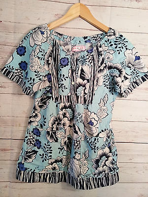 Koi by Kathy Peterson Size S Women's Short Sleeve Medical Scrub Top Blue Floral