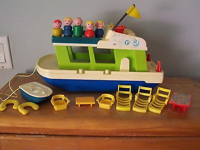 1972 Fisher Price #985 Happy Houseboat With Many Accessories