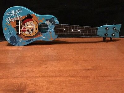 Disney Jake And The Never land Pirates Mini Acoustic Guitar First Act Level 2