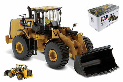 Cat 966M Wheel Loader 1:50 Model DIECAST MASTERS