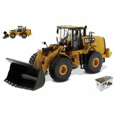 Diecast Master DM85927 CAT 972M WHEEL LOADER 1:50 Modellino
