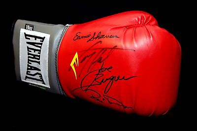 Muhammad Ali Opponents Signed Boxing Glove Holmes,Bugner, Dunn And Shavers