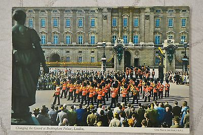 """CPM """" Chamging the Guard at Buckingham Palace - LONDON"""