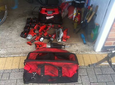 Milwaukee cordless heavy pro V28 9 Piece 28v Combo Kit With 6 Batteries And Bag