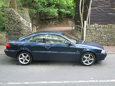 2002 VOLVO C70 20V LPT. Cream leather interior. Long MOT