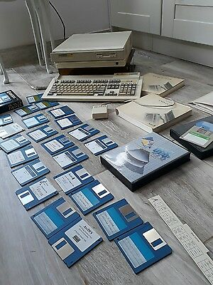Acorn BBC Archimedes 410/1   Computer with Keyboard and Mouse manuals & discs