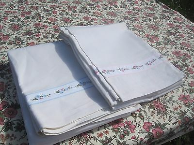 Pair of Beautiful Vintage French LINEN METIS SHEETS  with embroidery