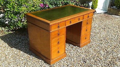 "ANTIQUE c1905 OAK EDWARDIAN LEATHER TOP DESK ""FREE DELIVERY AVAILABLE"" X COND"