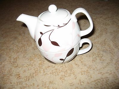 tea for one tea pot by Harlequin gifts -small