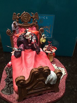 Wdcc Cruella In Bed Excellent Condition With Box And Coa