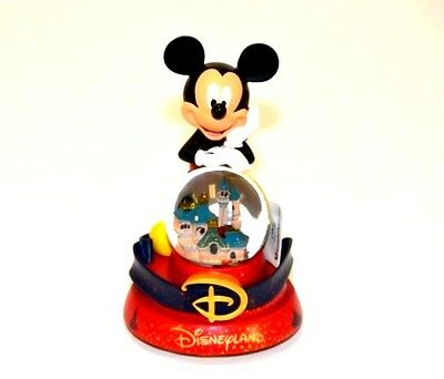 Mickey Mouse Musical Snow globe (1918)
