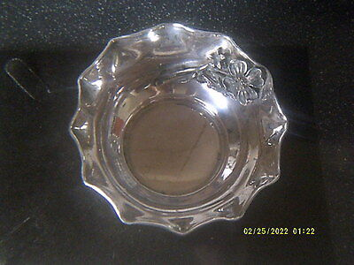 Antique Art Nouveau Silver 900 Fluted Bowl,large Flower In Relief,one Of A Pair