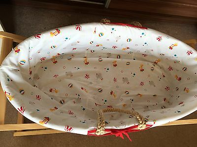 Lovely Moses Basket For Little One - Free Delivery Up To 2 Mile - ACTON