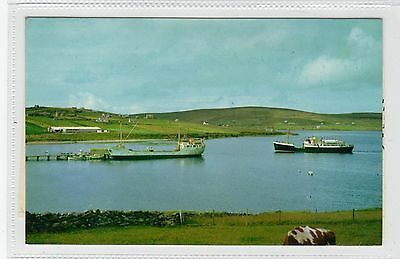 MV EARL OF ZETLAND ARRIVING AT MID YELL: Shetland postcard with YELL pmk(C28358)