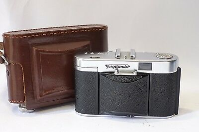 Voigtlander Vito IIa 35mm camera, 50mm 1:3.5 lens Prontor-SVS & Case