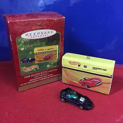 Hallmark Ornament 1968 Silhouete and Case Hot Wheels 2001 New T