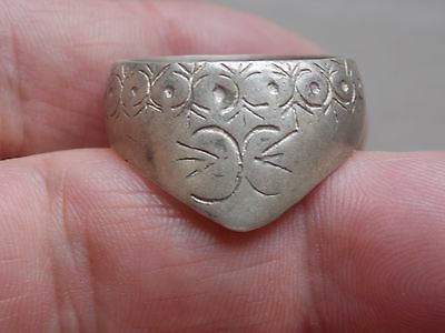 fantastic medieval archers ring great decoration metal detecting detector finds