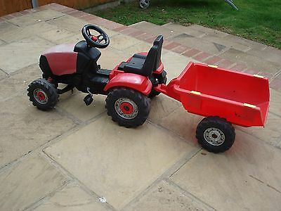 Children`s Ride On Pedal Tractor & Trailer