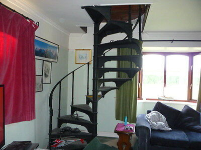 Spiral staircase cast iron in black