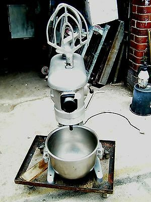 commercial crypto 20 qt dough mixer with--hook---whisk---paddle