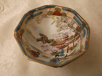 Antique / Vintage small Noritake dish - Japanese scene