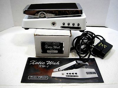Xotic Effects Xotic Wah Pedal XW-1 S/N 01503 w/ Visual Sound Adapter NW-1US