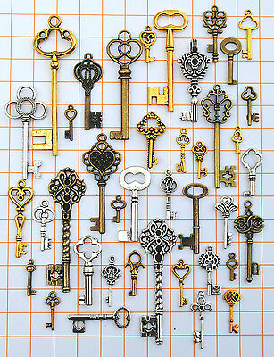 Antique Vtg Old Look Skeleton Key Lot Pendant Steampunk Jewelry Making Charm 655