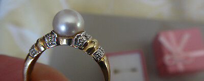18ct Yellow Gold Freshwater Pearl & Diamond Ring Size M1/2