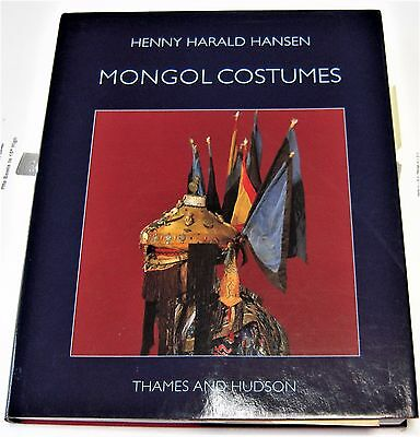 MONGOL COSTUMES (The Carlsberg Foundation's Nomad Research Project) Henny Hansen