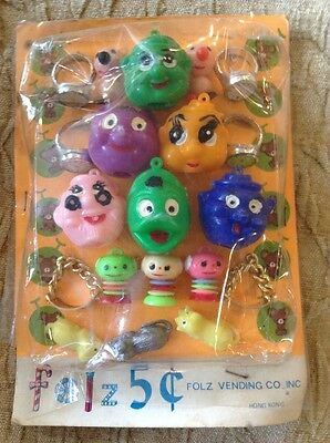 Vintage Folz Vending Machine Display Card Pencil Toppers Aliens Cats Weird Thing