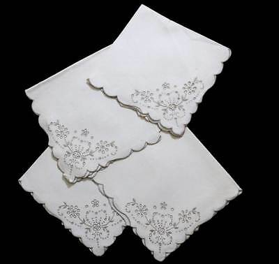 Vintage set of 4 pretty cream embroidered napkins measuring 44cm across