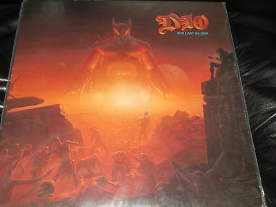 Ronnie James Dio signed the Last in Line lp