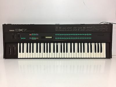 Yamaha DX7 Synthesizer In Excellent Condition  #120768 NEW BATTERY!! DX Case