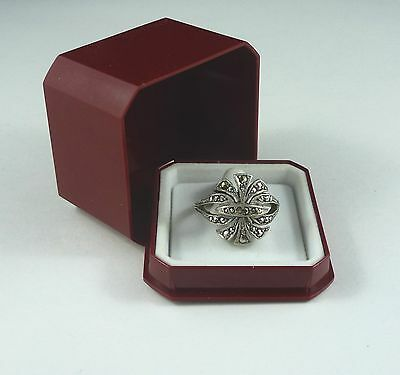 Art deco style vintage solid silver ring with marcasites – box incl
