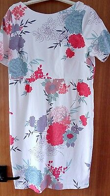 Floral bodycon maternity dress size 12