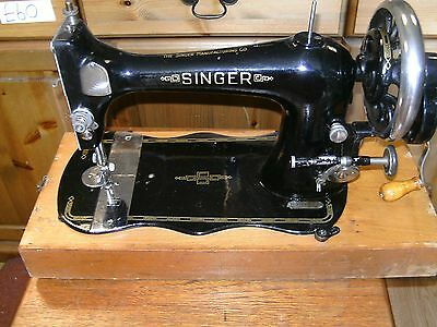 Vintage Singer Hand Cranked Sewing Machine Collectable 1886