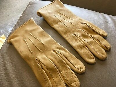 Chester Jefferies LEATHER CHILDS SHOWING GLOVES BUTTERMILK SIZE 3 NEW NO TAGS