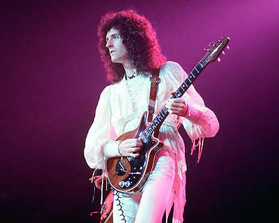 Brian May - Queen 8x10 Photo - C66498
