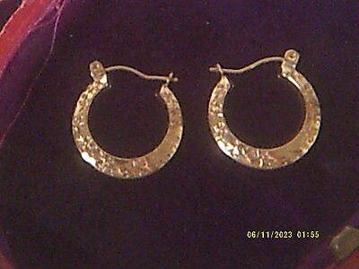 9 Carat 375 Gold Patterned Creole Earrings