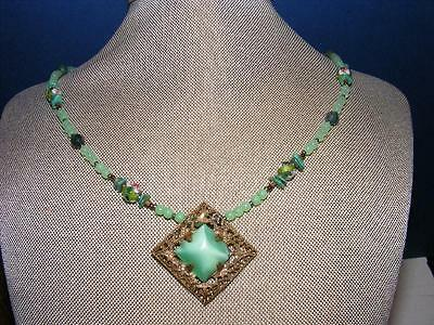 Vtg Chinese Carved Green JADE JADEITE  NECKLACE Filigree Pendant Beaded Antique