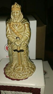 wade arthur figure BNIB this is in a wade box, not a camelot box from set