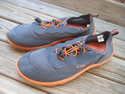 KIDS SPEEDO WATER SHOES  GRAY AND ORANGE Size LARGE (4-5)