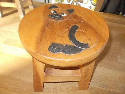 "Solid Wood ""cat"" Design Child's Stool In Good Condition"