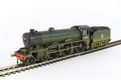 """Hornby R3004 Class B17 """"Serlby Hall"""" in BR Green  Weathered - Aust Warranty"""