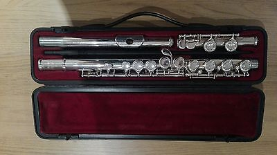 Yamaha YFL-211S FLUTE with Case Made in JAPAN