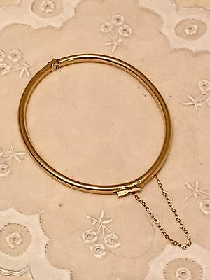 Vintage 14k Solid Yellow Gold Hinged Oval Bangle Bracelet